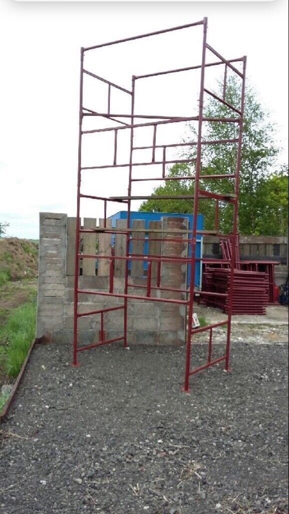 Scaffolding towers for sale ideal for builders
