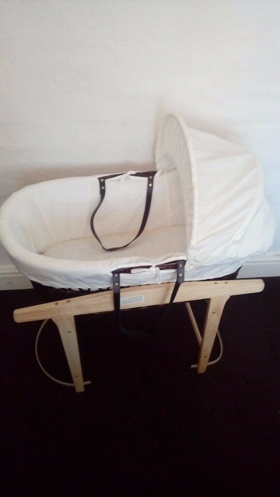 Moses Basket quality with stand clean girl or boy new + unused
