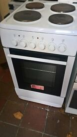white electric cooker.....cheap free delivery