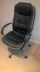 """Soho Rome2"" Black Real Leather-faced Business / Executive office computer chair"