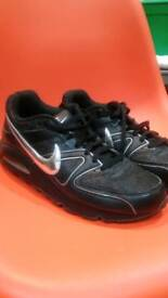 Nike mens trainers size UK 12