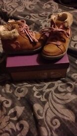 Clarks boots size 5F
