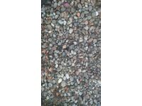 Decorative stones (pebbles)