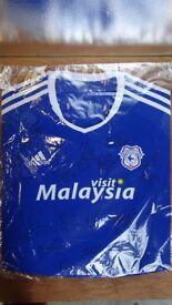 Cardiff Sign Football Shirt