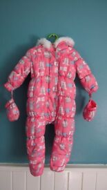 Little Girls Snow Suit size 6-9 months