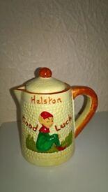 Manor Ware Vintage Mini Tea/Coffee Pot/Jug Pixie Design Very Good Condition
