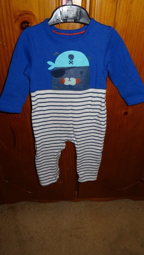 6-9 month sleepsuit
