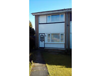 2 bed semi detached house for short term let in Clarkston