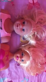 Two doll styling heads