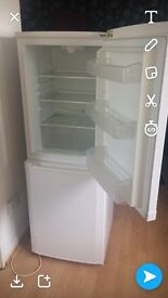 Becko fridge freezer