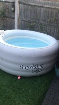 Lay-z- Spa Jacuzzi/ Hot Tub