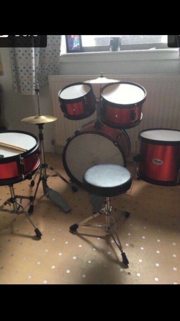 Kids stagg drum kit