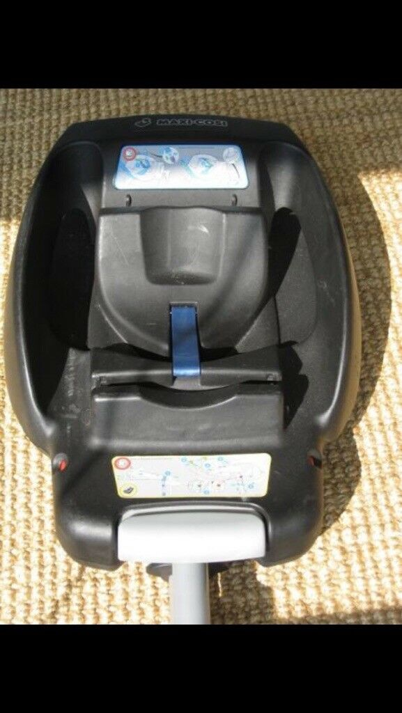 Easy fix base only compatible with maxi cosi cabriofix seat. Selling base only.