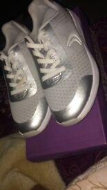 Clark size 11G shoes