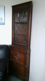SOLID OAK CORNER UNIT BY WOLFE'S CABINET MAKERS IN PERFECT CONDITION