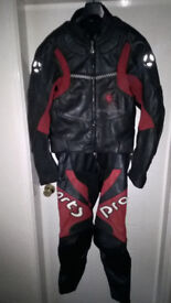 Hein Gericke leathers, size 52, as new.
