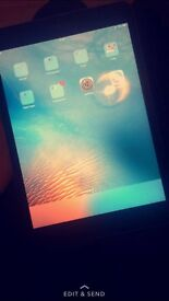 IPad Mini, really good condition No scratches or marks and looks brand new