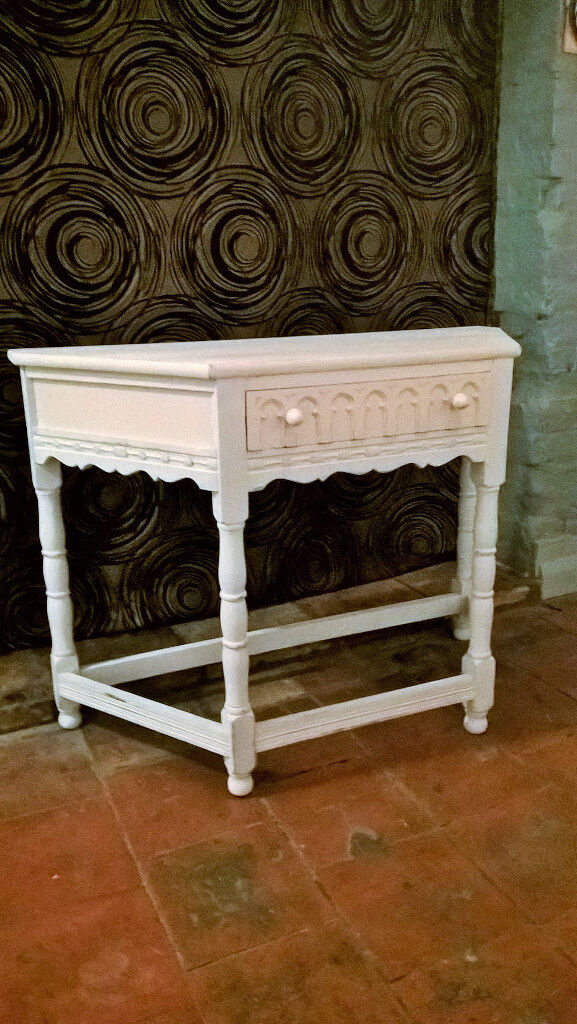 Oak old charm style hall table - shabby chic