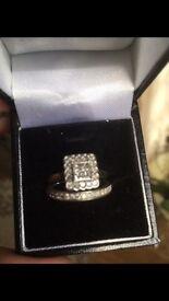 Ladies diamond cluster rings