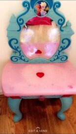 Frozen light up mirror dressing table