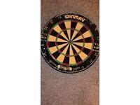 Winmau Dart Board + Slate Scoring Board