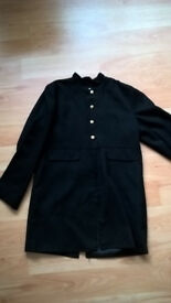 Boys black dress jacket, Size 134 - 140 cms (9/10 years) - £5. ono