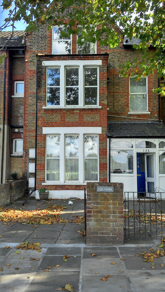 2 bed flat to let in Richmond TW9 2AU