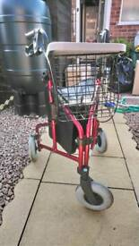 Three wheel foldable walker