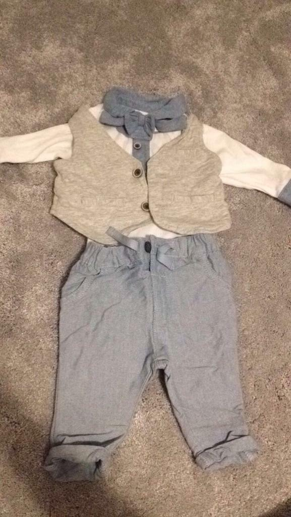 Next upto 3 month four piece outfit