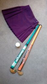 Hockey skirt, 2 sticks and ball