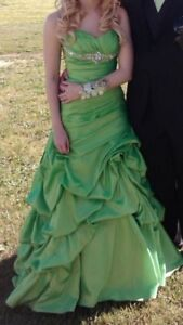 Prom Dress! Size 2. Worn once, excellent condition