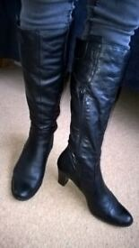 Ladies black leather boots - size 4