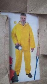 pvc/ws yellow rain suit size x/l