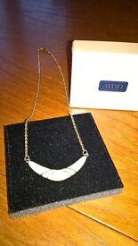 "AVON ""Cote D'Ivoire"" Necklace Boxed"
