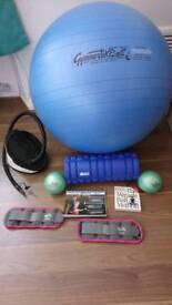 "Maxafe ""pezzi"" 75cm exercise ball & pump, x2 Miracle Balls, FitNation Foam Roller, x2 Ankle weights."