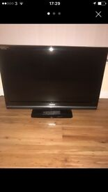 "37"" Toshiba tv with remote"