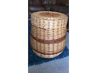 Wicker laundry wash basket