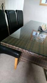 Wicker table with 6 chairs