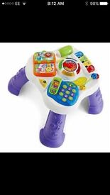 VTech Play & Learn Table. Complete & in great condition. Removable legs for floor play.