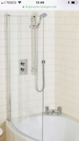 Glass curved shower screen suitable for a P shaped bath
