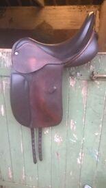 "Spalding Dressage Brittanica Pennine Saddle Brown Medium 18"""