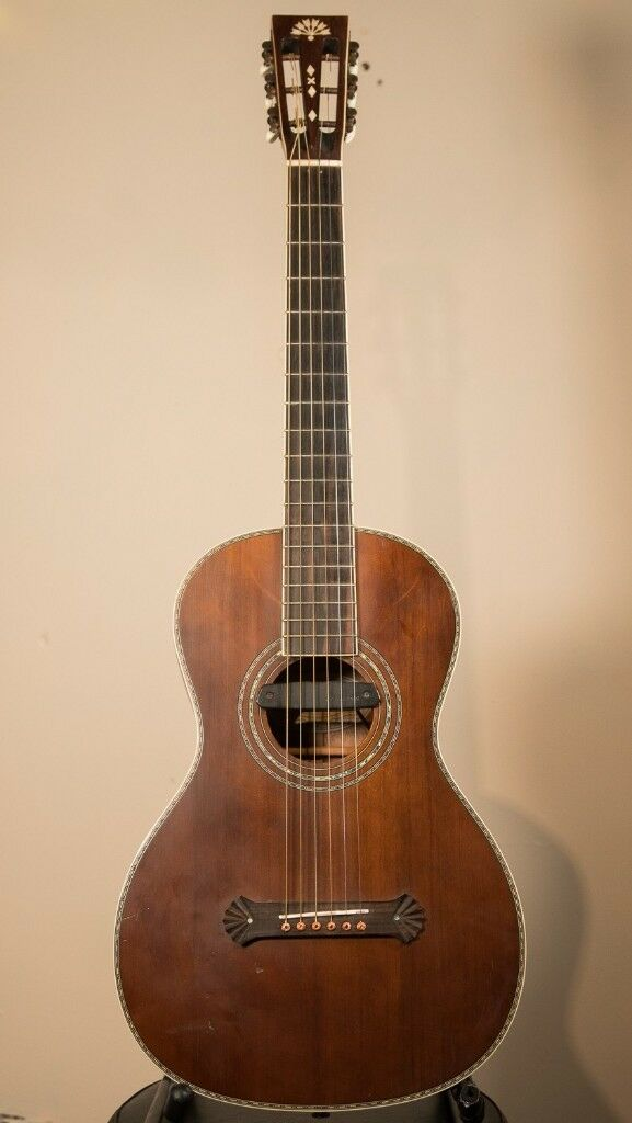 Washburn R319swkk Parlour Sized Acoustic Guitar With Pickup Fitted
