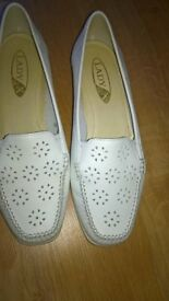 Lady X By K Shoes White Shoes Size 5 E Fitting As New Condition