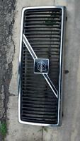 Grille (front shell)