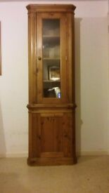 SOLID PINE CORNER DISPLAY CABINET UNIT WITH GLAZED DOOR AND CUPBOARD