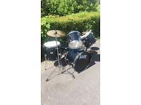 Drum kit ( Pady 1000 )
