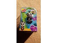 Fingerlings Glitter Panda - Drew (White & Black) - Interactive