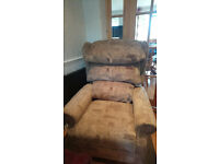 Cheshire Waterfall Riser Recliner mobility chair
