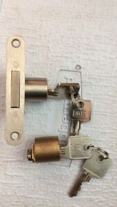 Dum locks for furniture