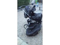 Buggy/stroller with car seat with all covers and free walker
